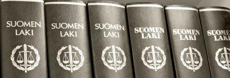 lakikirjat